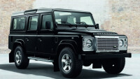 Много стил с Land Rover Defender – Black & Silver