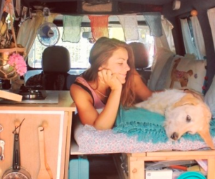 Instagram/Pam The Van